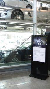 Adaptability of LCD display kiosk