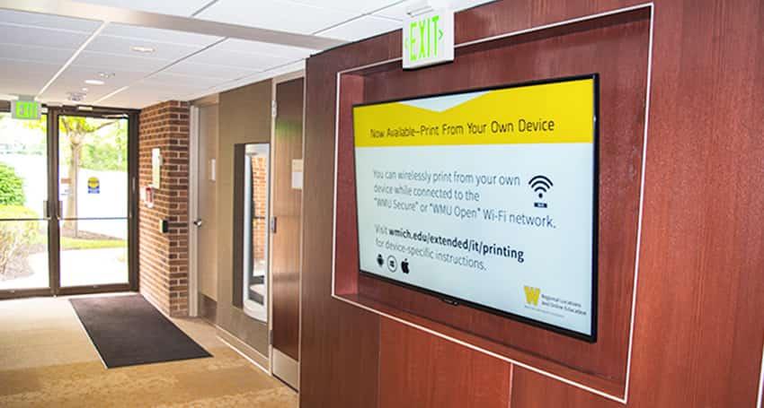 Informing-Digital signage in Education